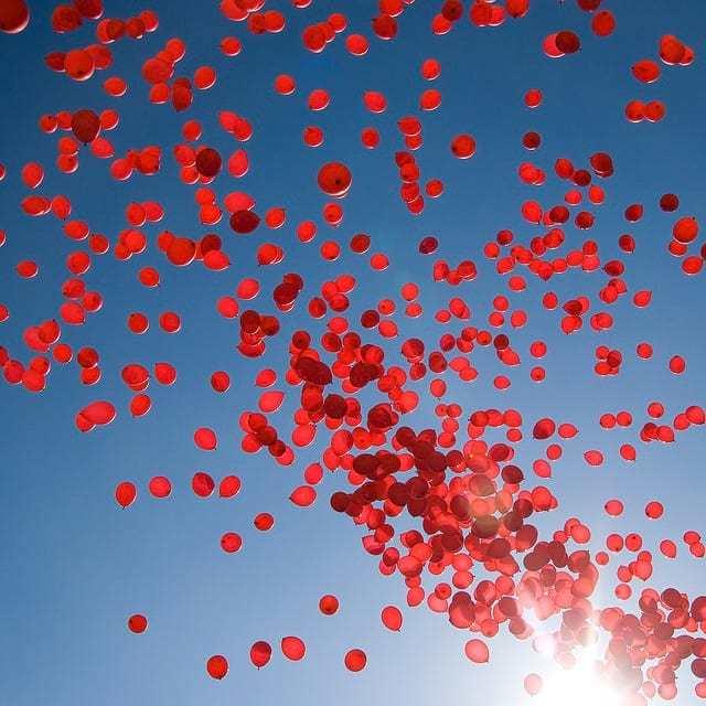redballoons.jpg